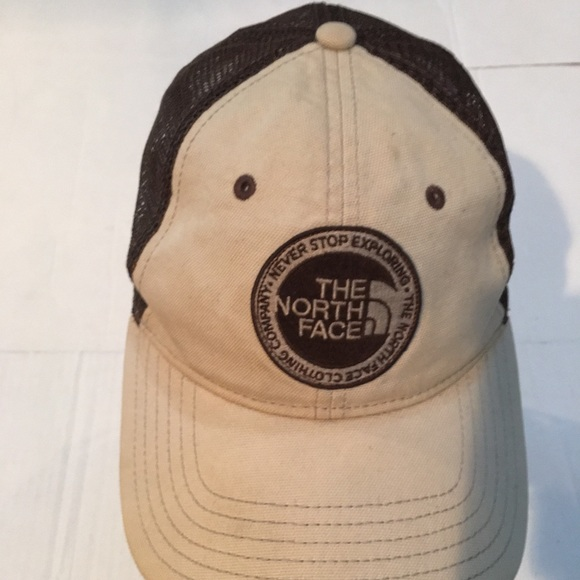 c26e532d4 North face mesh hat 🧢